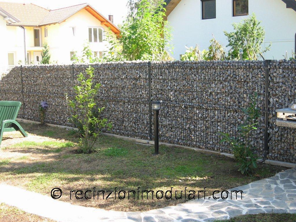 Recinto di pietra stretta recinzioni modulari for Sassi per tartarughe