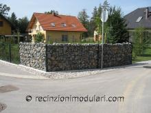 Recinto di pietra – stretta 1 - abitazioni privati, giardino e casa
